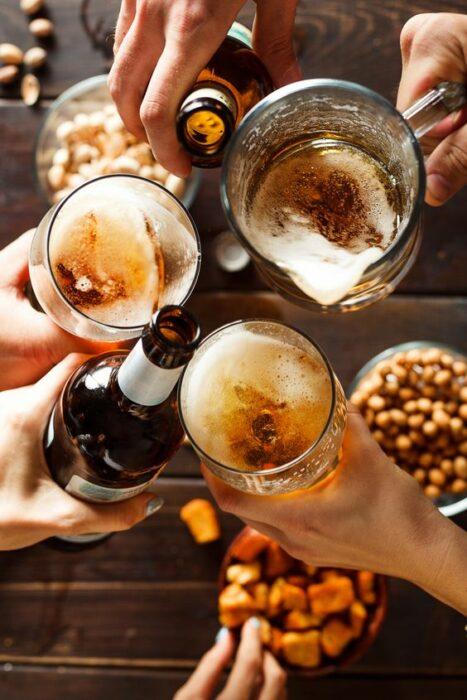 Tarros con cerveza; 7 Tips infalibles para acabar con esa papada de una vez por toda