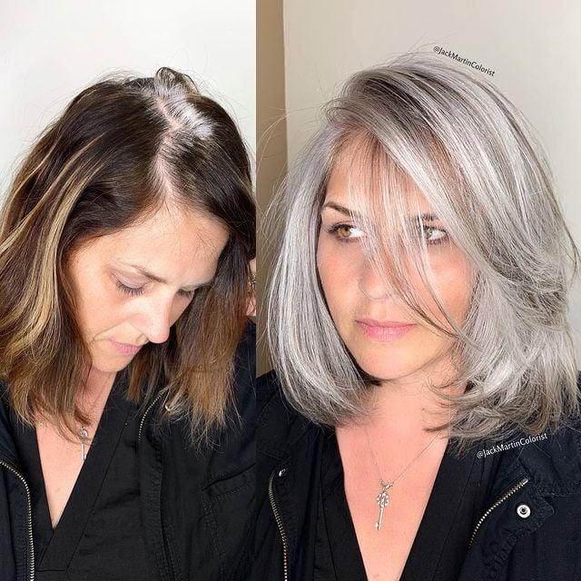 chica antes y después de teñir su cabello en tono plateado; Convierte cabello con canas en hermosas melenas plateadas