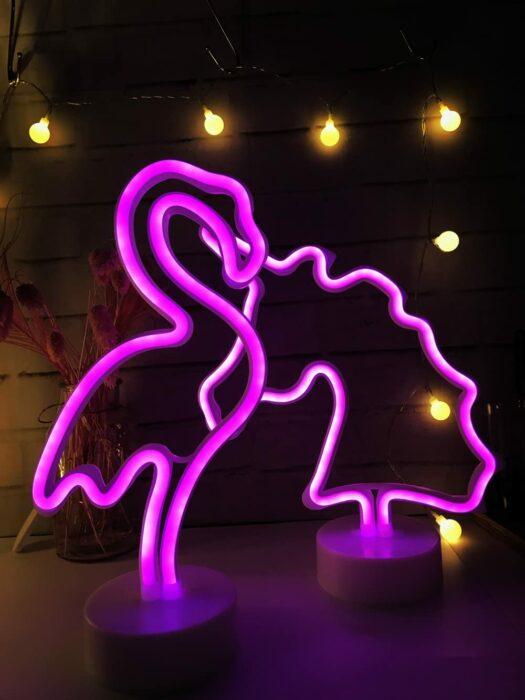 Lámparas de luz led en forma de flamenco y unicornio