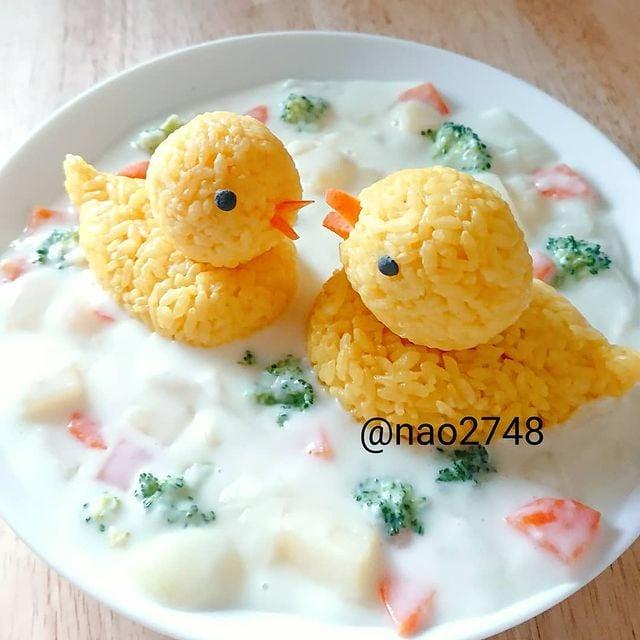 Onigiris de arroz en forma de pato; Platillo elaborado por nao2748; Hermosa comida de bento estilo japonés