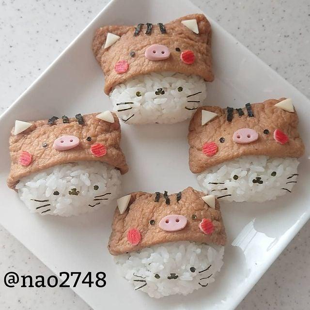 onigiris en forma de gatito; Platillo elaborado por nao2748; Hermosa comida de bento estilo japonés