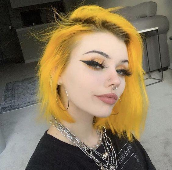chcia con cabello teñido de amarillo; Ideas para pintarte el cabello de un color que nunca imaginaste