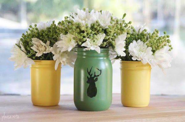 Maceta decorada con frascos y pintura; Ideas para crear tus propias macetas