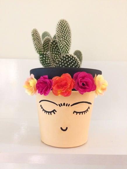 Maceta decorada con rosas; Ideas para crear tus propias macetas