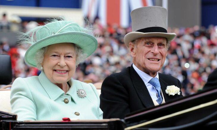 Príncipe Felipe junto a la reina Isabel II; Muere el príncipe Felipe