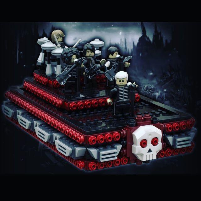 Figuras lego de My Chemical Romance inspiradas en un videoclip