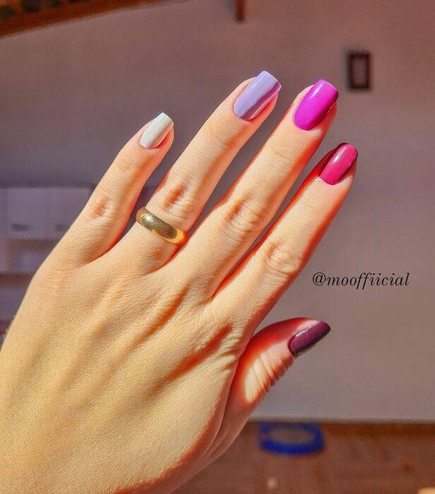 Manicuras en tonos lilas y morados;13 Lindas ideas para llenar tus uñas de colores