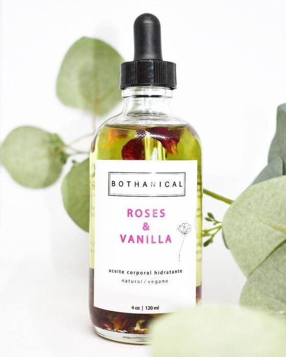 Roses & Vanilla ;10 Aceites corporales para consentir cada rincón de tu piel