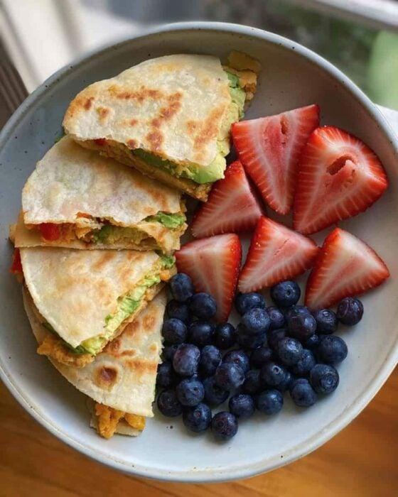 Quesadillas con frutas ;10 Desayunos tan saludables y deliciosos que te harán agua la boca