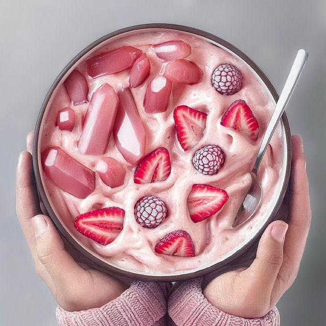 bowl de fresas ;13 Platillos tan 'kawaii' que no creerás que son comida vegetariana