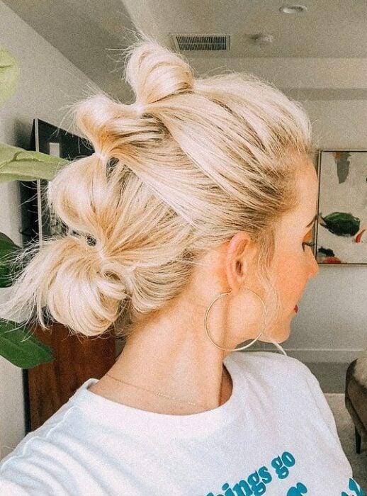 Chica con mohicano de trenzas bubble o burburja;13 Trenzas estilo 'bubble' para darle un giro a tu clásico peinado