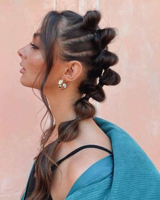 Chica con trenzas bubble o burburja;13 Trenzas estilo 'bubble' para darle un giro a tu clásico peinado