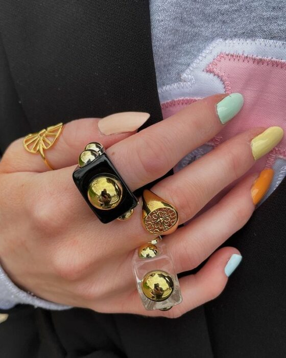 acrylic rings in black and gold tones; 17 'chunky' rings you should give a try