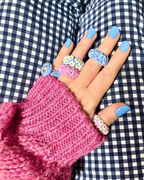 acrylic ring with colorful flowers; 17 'chunky' rings you should give a try