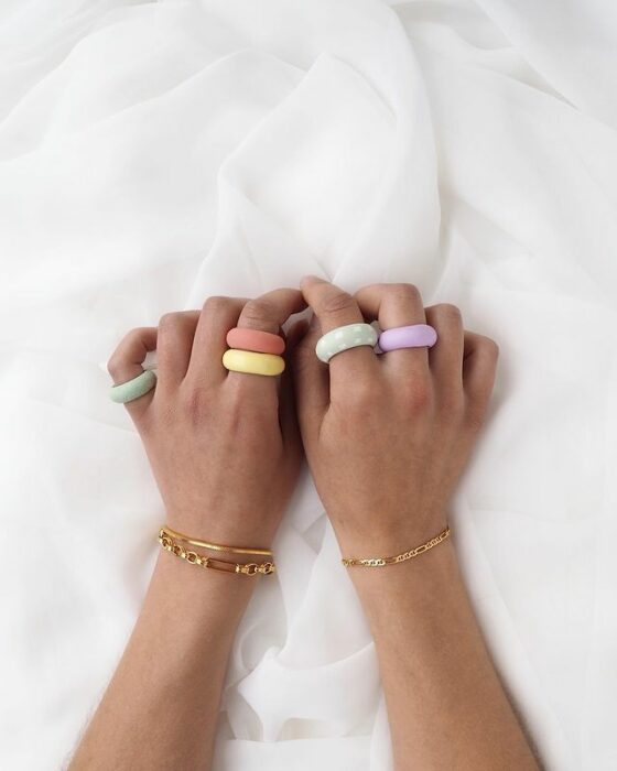 plain, pastel acrylic rings; 17 'chunky' rings you should give a try