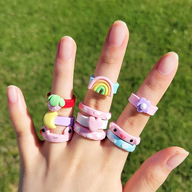 rainbow colored acrylic rings; 17 'chunky' rings you should give a try