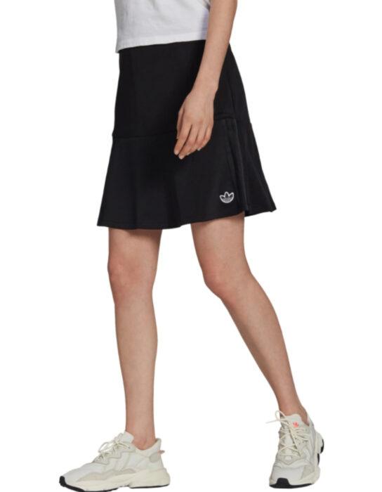 Falda deportiva adidas color negro