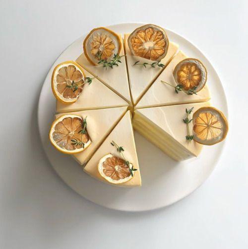 pastel de naranja con crema pastelera ;15 Pasteles aesthetic para presumir en tu cumpleaños
