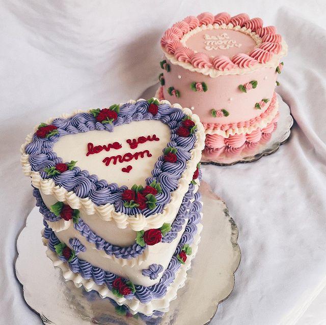 pastel de crema para celebrar a mamá ;15 Pasteles para demostrarle a mamá cuanto la amas
