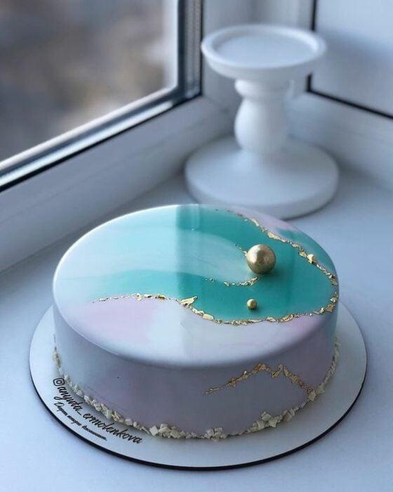 pastel de vainilla con limón ;17 Hermosos pasteles glaseados que te conquistarán a primera vista