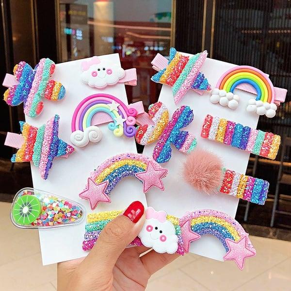 cucas para cabello en forma de arcoíris ;13 Coloridos regalos para las chicas que aman los arcoíris