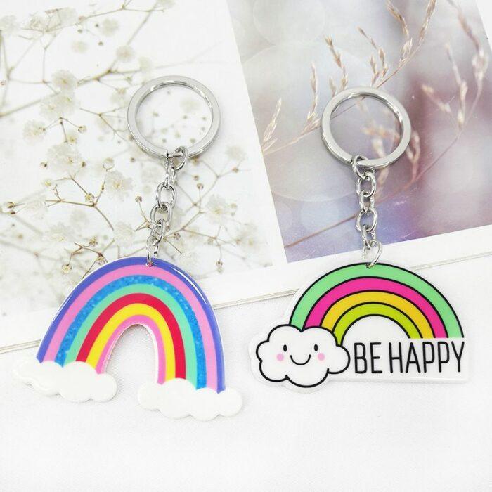 llaveros en forma de arcoíris ;13 Coloridos regalos para las chicas que aman los arcoíris