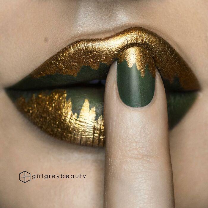 labios dorados con verde, Creación de Andrea Reed; Artista crea hermosas obras de arte sobre sus labios