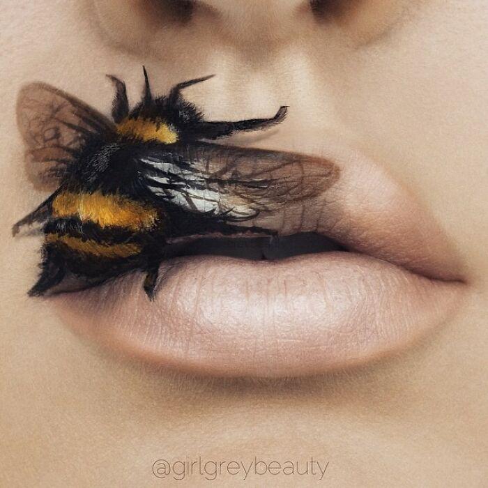 labios con abeja, Creación de Andrea Reed; Artista crea hermosas obras de arte sobre sus labios