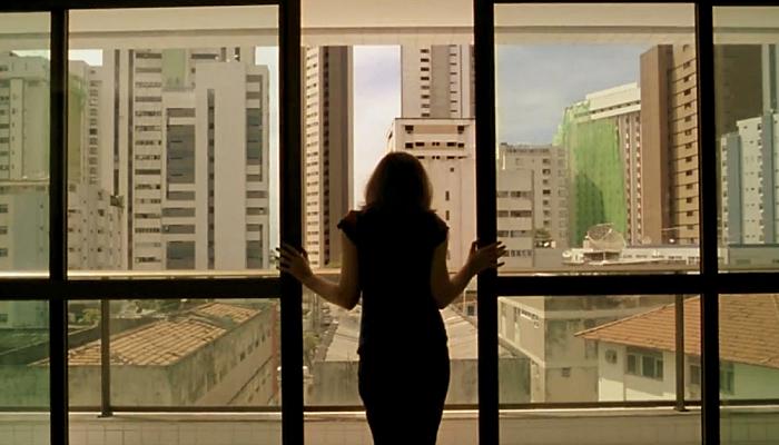 Neighboring Sounds (2013, Kleber Mendonça Filho)