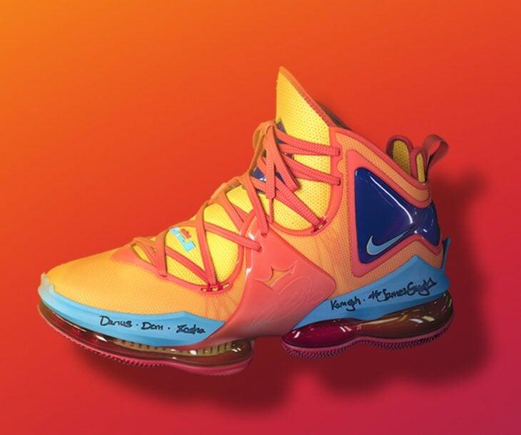 Tenis de Nike para la colección Space Jam