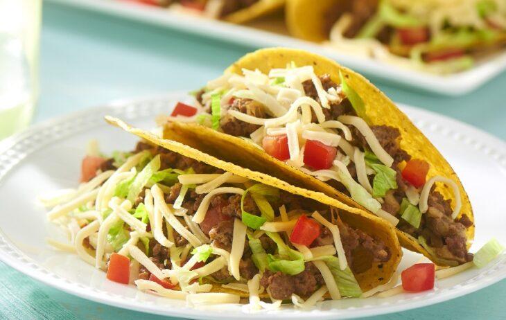 Tacos americanos duros con verdura