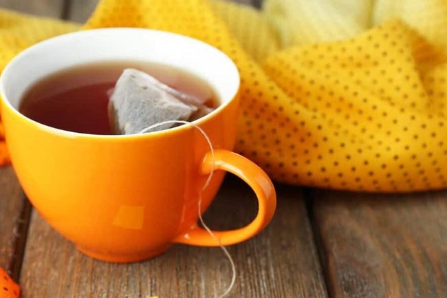 Taza con sobre de té