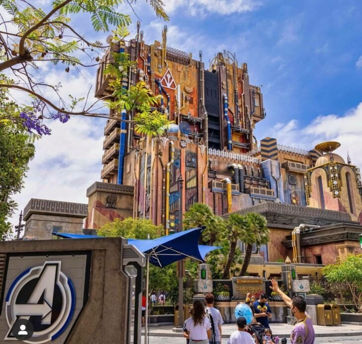 Entrada Avengers Campus ;¡Por fin! Disneyland abre las puertas de Avengers Campus y ya estamos haciendo las maletas para visitarlo