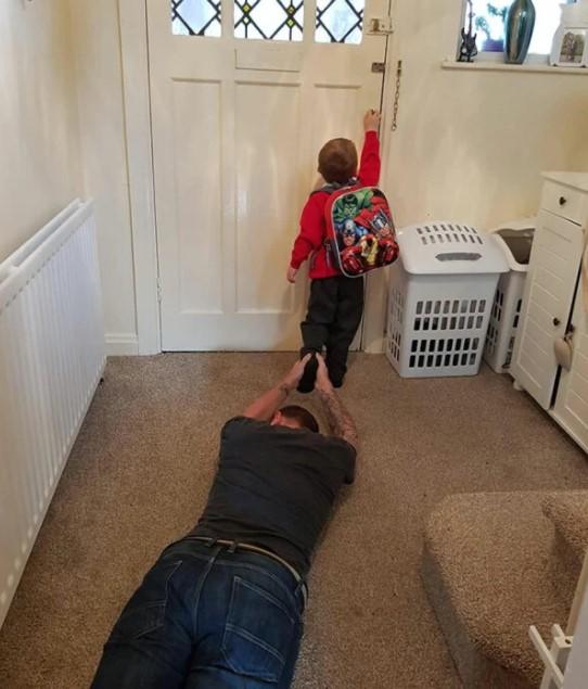 Papás haciendo cosas geniales junto a sus hijos