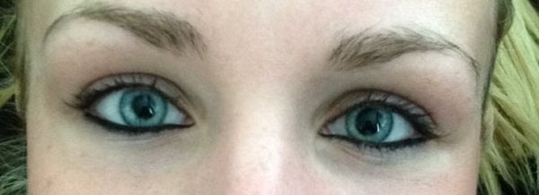 Chica con ojos claros ;13 Personas con rasgos tan únicos que te enamorarán a primera vista