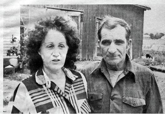 Maurice Theriaultjunto a su esposa
