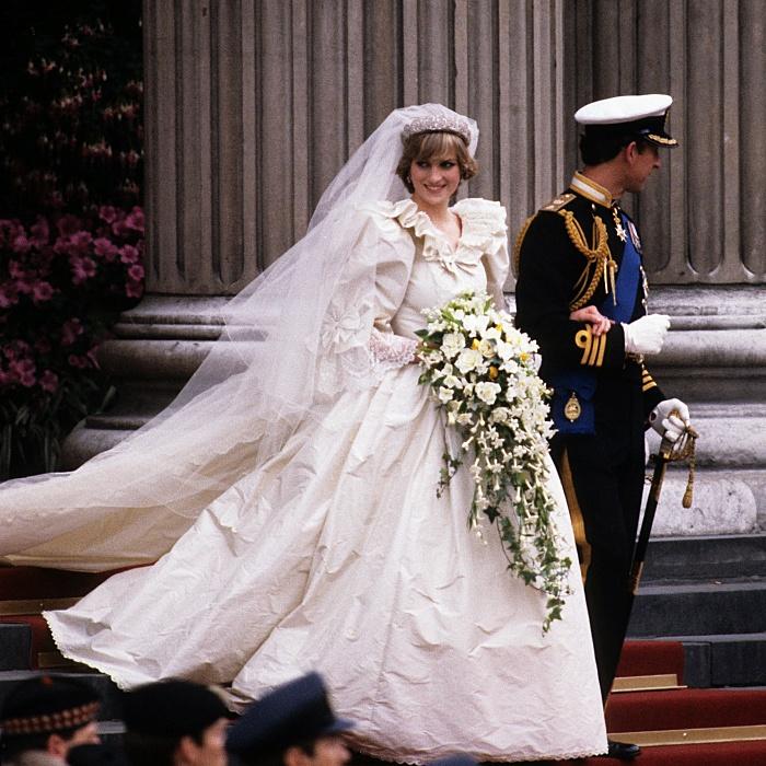 Su vestido de bodas rompió récords