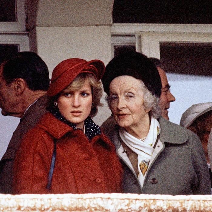 Su abuela fue amiga de la reina madre