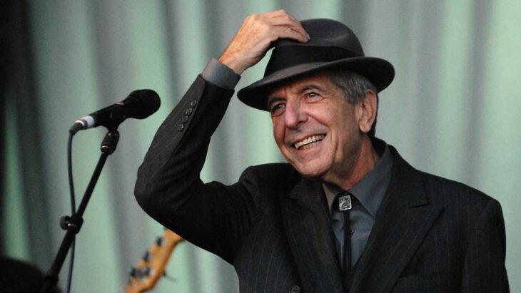 Leonard Cohen ;10 Celebridades que cayeron en bancarrota después de ser millonarios