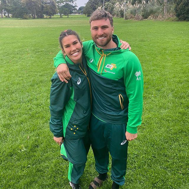 Charlotte Caslick y Lewis Holland ;14 Parejas olímpicas que se llevaron la medalla de oro en nuestro corazón