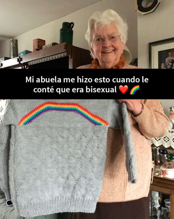 Mujer sosteniendo un suéter tejido ;16 Abuelitos cuya edad no les impide divertirse al máximo