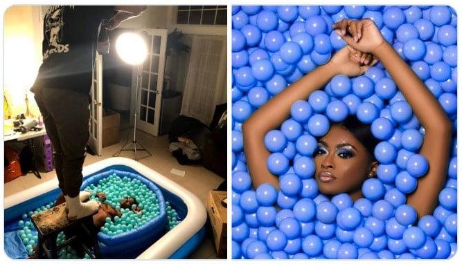 Chica dentro de una alberca de pelotas ;Fotógrafos comparten sus mejores trucos e internet no puede creer el resultado