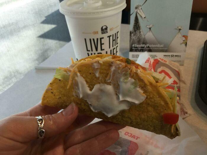 Taco mexicano ;personas que fueron estafadas al comprar comida rápida