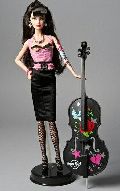 Muñeca con un violín negro ;Muñecas Barbie con estilo Pin Up