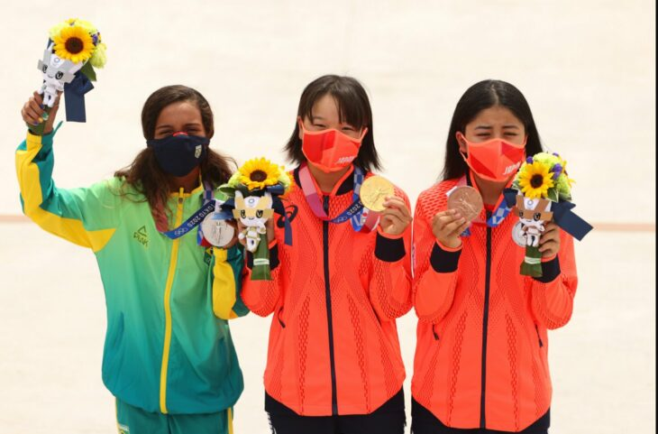 Momiji Nishiya, Rayssa Leal, Funa Nakayama  ganadoras medallas juegos olímpicos