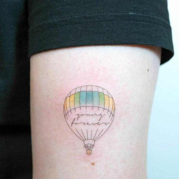 globo aerostático ;15 Tatuajes para llevar tu amor por BTS al siguiente nivel