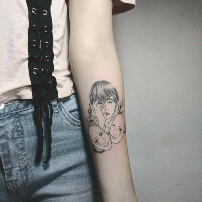 cARETA ;15 Tatuajes para llevar tu amor por BTS al siguiente nivel