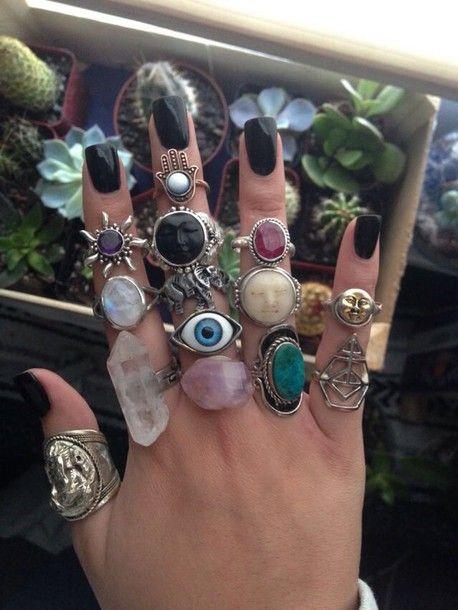 anillos con cuarzos ;17 Imágenes que tu brujita interior amar ver una y otra vez