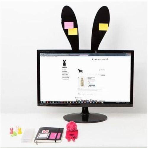 Orejas de conejo para poner en la pantalla de la computadora