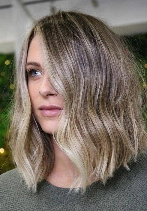 cabello teñido estilo champiñón ;14 Ideas para cortar tu cabello estilo midi que te encantarán